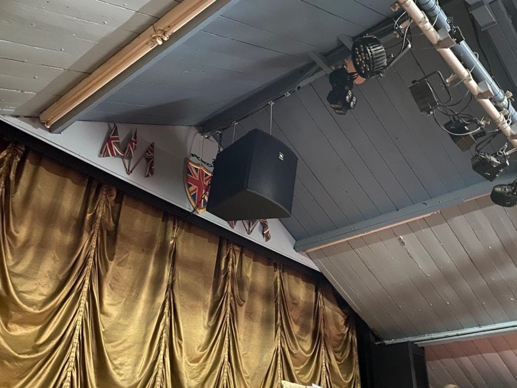kinema-above-stage